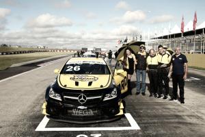 Hot Car conquista pódio duplo pela Mercedes-Benz Challenge em Santa Cruz