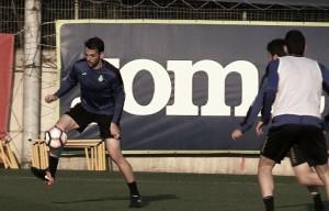 Víctor Sánchez vuelve con el grupo