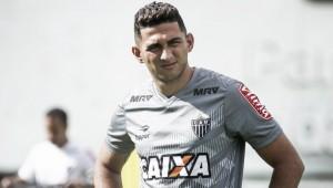 Ponte Preta oficializa retorno do lateral Danilo ao Atlético-MG