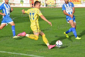 La Hoya Lorca y Cádiz firman un empate que les mantiene arriba