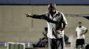 """Após derrota, Abel Braga promete troco no Maracanã: """"Quarta-feira vai ser muito pior"""""""