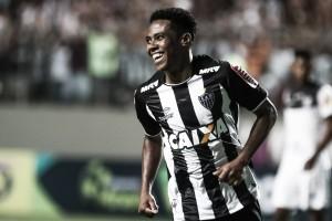 """Elias comemora primeiro gol pelo Atlético-MG: """"Sempre é inesquecível"""""""