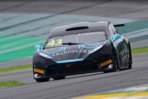 Pedro Cardoso lidera treinos da Stock Light em Interlagos