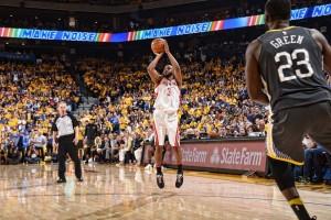 NBA Playoffs - In gara4 la confusione regna sovrana negli ultimi 5' dei Warriors