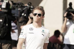 """Nico Rosberg: """"Los Ferrari nos preocupan bastante"""""""