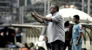 """Abel celebra 250 jogos pelo Fluminense e critica arbitragem: """"Tentaram nos tirar a vitória"""""""