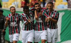 Fluminense recebe Vitória no Maracanã e busca se manter entre os primeiros do Brasileirão