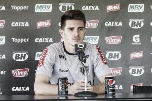 Roger confirma Leonan no time titular, e defesa do Atlético-MG em Goiânia será 'caseira'