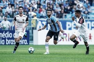 Atlético-MG enfrenta Grêmio em busca de vaga na Libertadores