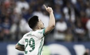 """Willian lamenta derrota contra Cruzeiro e pede foco para clássico: """"Precisamos viver cada jogo"""""""
