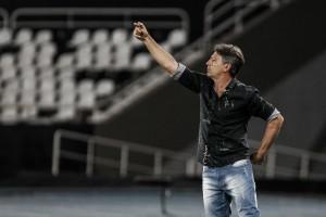 """Renato exalta atuação do Grêmio diante do Botafogo: """"Gostei da minha equipe"""""""