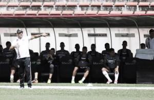 Com novidades na defesa, Santa Cruz realiza treinamento visando a partida contra Goiás
