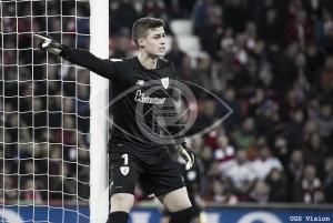 Kepa superó con nota su debut en el Camp Nou