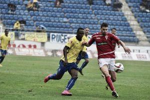 Real Murcia - B. Linense: aspirante a líder