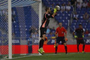 """Pau López, trofeo Estrella Damm al mejor jugador del """"Ciutat de Barcelona"""""""