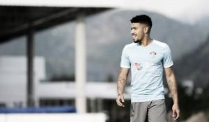Douglas é aprovado em exames médicos no Corinthians e se aproxima de saída do Fluminense