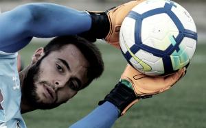 De Amores sofre lesão no joelho direito e desfalca Fluminense por tempo indeterminado