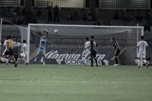 Pumas resbala en Copa
