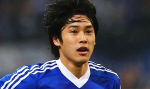 Uchida to sign a new deal