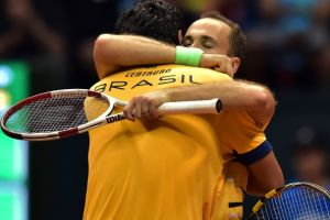 Melo y Soares dan la vuelta a la eliminatoria