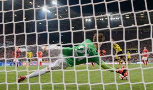 VIDEO Immobile sbaglia, il Borussia Dortmund cade