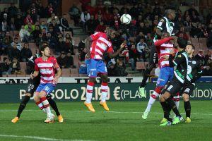 Córdoba CF - Granada CF: con la mente en otro sitio