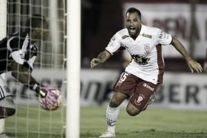 Huracán bate Caracas e sai com vantagem no jogo de abertura da Libertadores