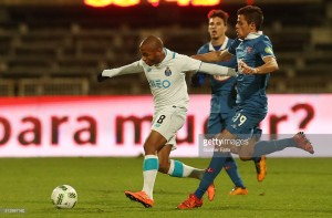 Belenenses 1-2 FC Porto: começar bem não evitou sofrimento