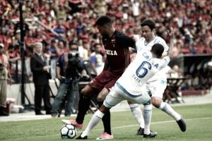 Sport repete erros, Avaí vence e deixa zona de rebaixamento