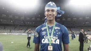 Em decisões de Copa do Brasil e Mineiro, Raniel se envolve com lesão no contexto da final