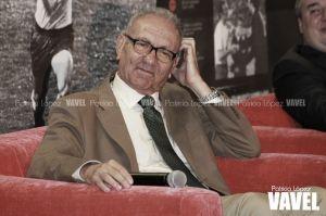 Emotivo homenaje a 'El Maestro' en la presentación de su libro
