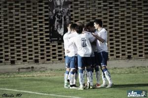 Goleada y liderato del Deportivo Aragón