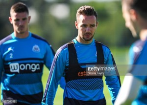 Adam Armstrong joins Bolton Wanderers on loan
