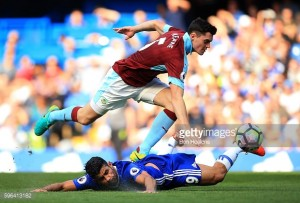 Burnley vs Chelsea Preview: Clarets welcome table-toppers to Turf Moor
