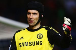 Wenger eyes Cech in January swoop