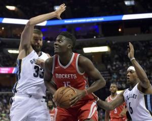 NBA - Houston recita da grande, vince a Memphis e fa 13