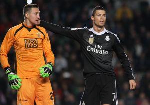 Cristiano iguala a Santillana como tercer máximo goleador blanco de la historia