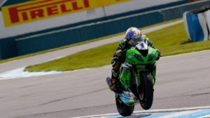 Supersport, Sofuoglu conquista la Superpole a Donington