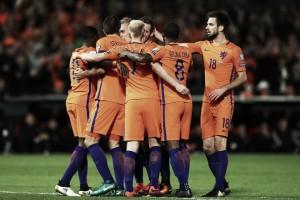 Sem Sneijder, Holanda recebe França em duelo pela liderança do Grupo A das Eliminatórias