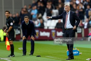 Sunderland leaking goals is down to pressure, insists David Moyes
