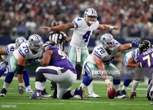 Dak Prescott and Dez Bryant guide the Cowboys to a franchise record