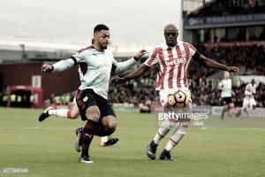 Oficial: Martins Indi no Stoke em definitivo