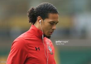 Virgil van Dijk returns to first-team training with Southampton
