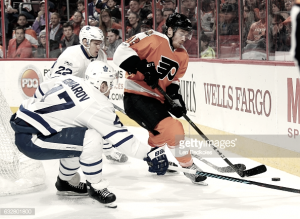 Philadelphia Flyers capture their third straight victory over the Toronto Maple Leafs, 2-1