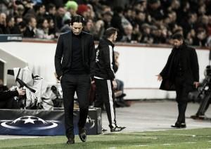 Técnico Roger Schmidt reconhece atuação ruim do Leverkusen na derrota para Atlético