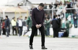Após oito meses e inconstantes atuações, Edgardo Bauza é demitido da Seleção Argentina