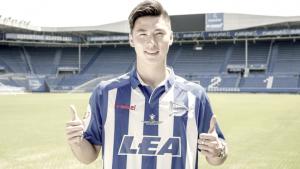 El Deportivo Alavés ficha al joven Yiming Yan