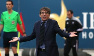 """Fernando Vázquez: """"Si ganamos al Valladolid nos quedaremos en segunda división"""""""