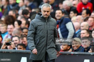 Jose Mourinho to field strong Manchester United side against Everton