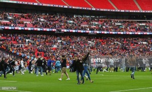 Both managers refuse to condone pitch invasion following League One Play-Off Final